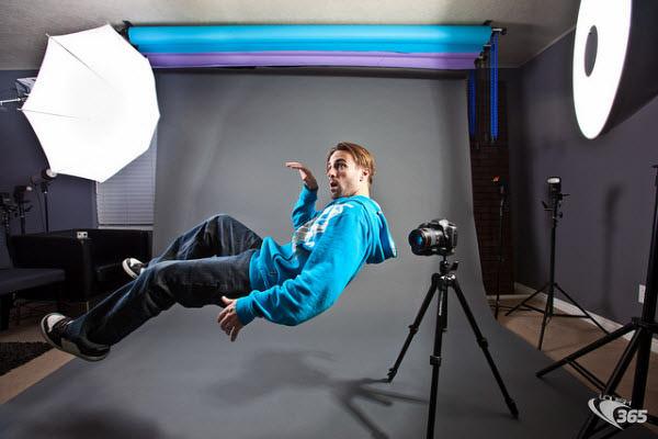levitating photographer