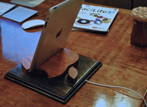 Rusty Apple Wooden Stand