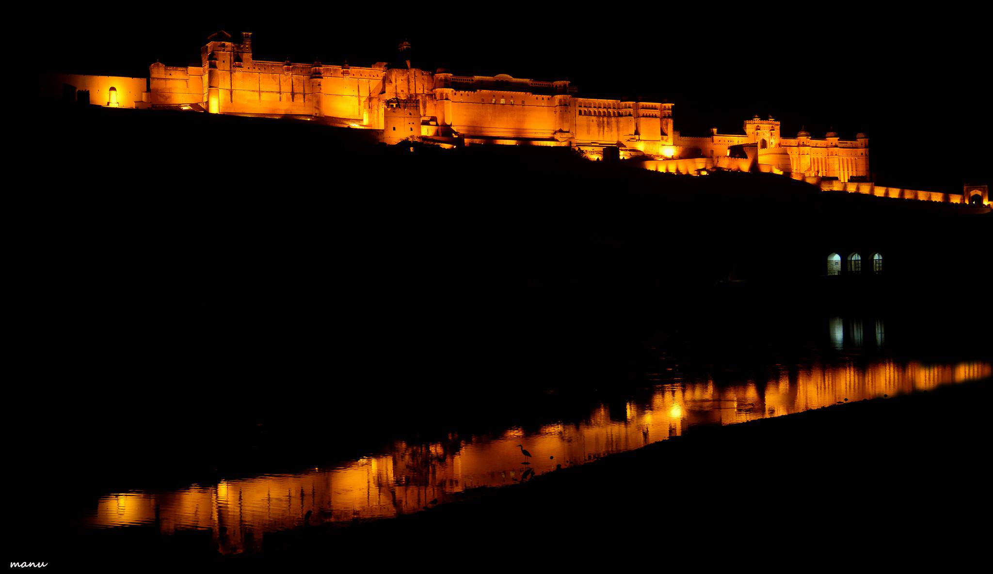 Amber Fort at night (Jaipur)