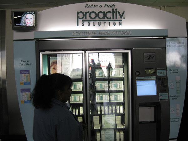 proactiv-vending-machine