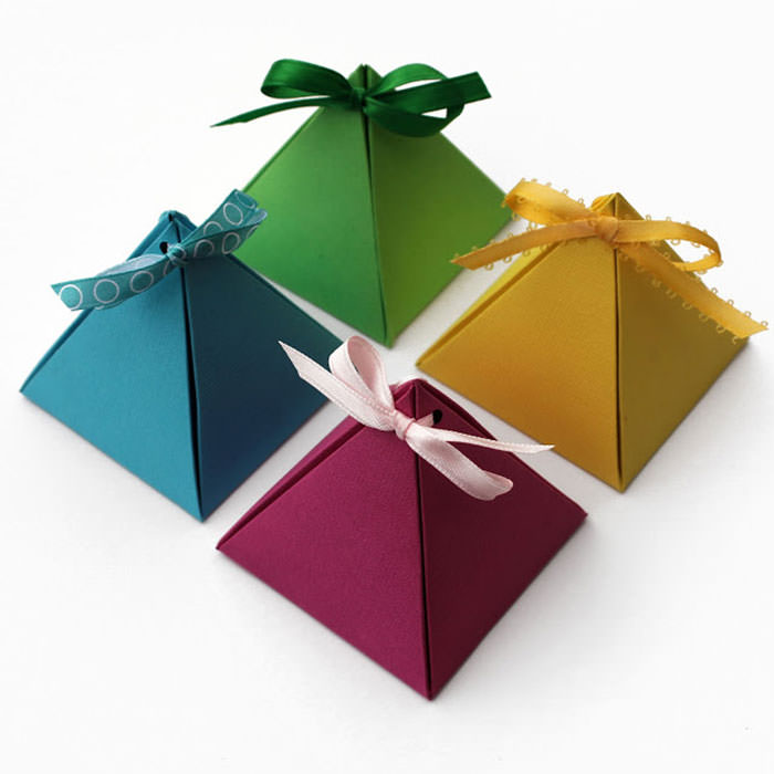 Instead Of The Regular Rectangular Gift Wring This Takes On Diffe But Still Lovable Pyramid Shape Easy To Do And Deliver