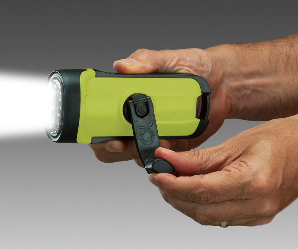 Secur Solar/Dynamo LED Flashlight