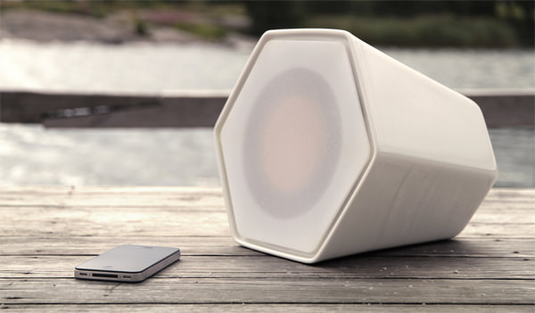 Monochrome : Custom Speaker by Azah Azreen