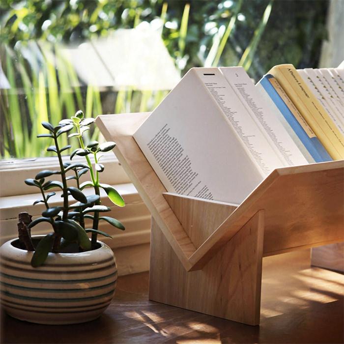 tabletop-bookshelf