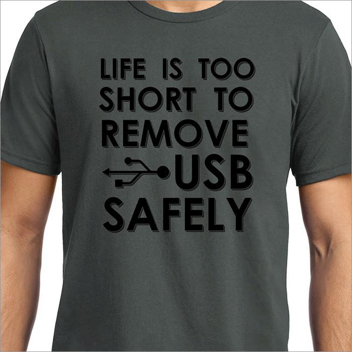 remove-usb-geek-t-shirt