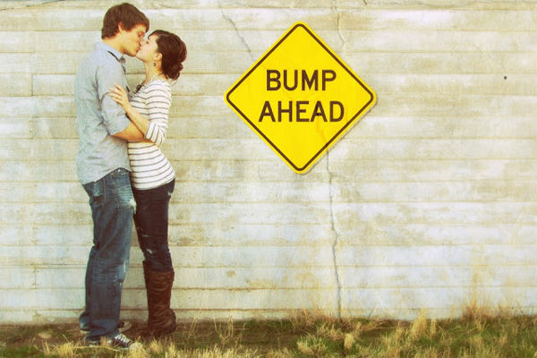 20 Creative Ways to Announce Pregnancy PHOTOS Hongkiat – Coming Soon Baby Announcements