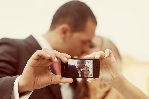 iphone kiss