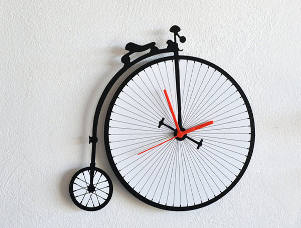 20 Truly Unique Clocks You Want On Your Wall Hongkiat
