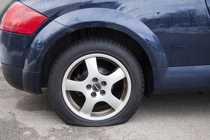 flat tyre emergency