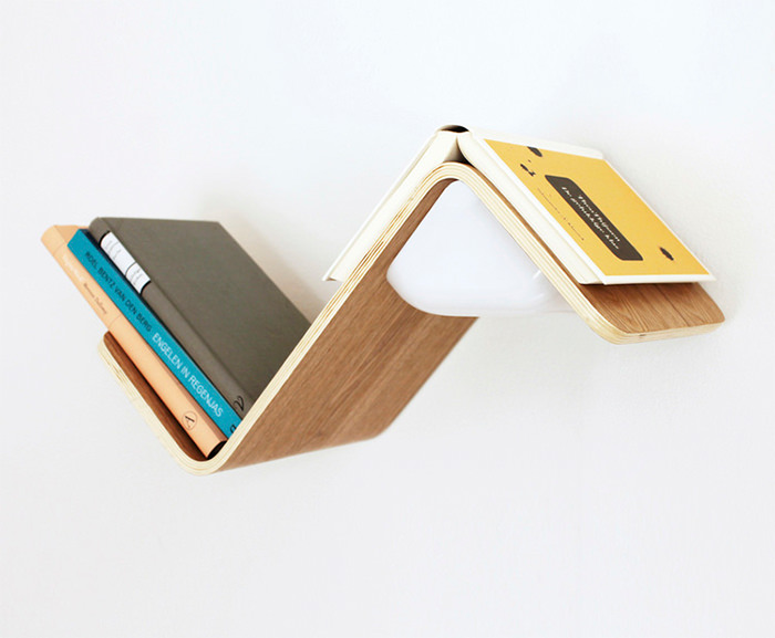 LiliLite-book-lamp-shelf