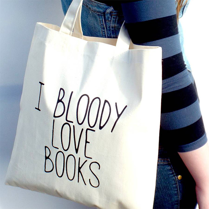 Love-Books-Tote-Bag