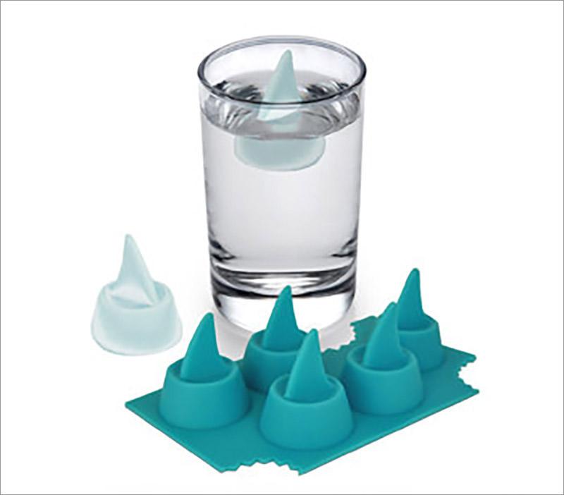 Shark Fin Ice cube Tray