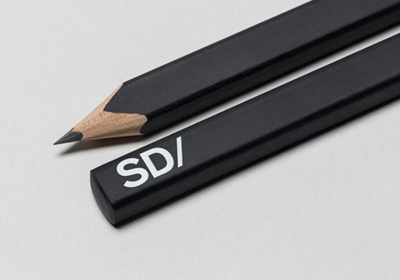 Ejemplos de identidad de marca: Dakota del Sur
