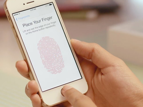iPhone 5S Finger Scanning
