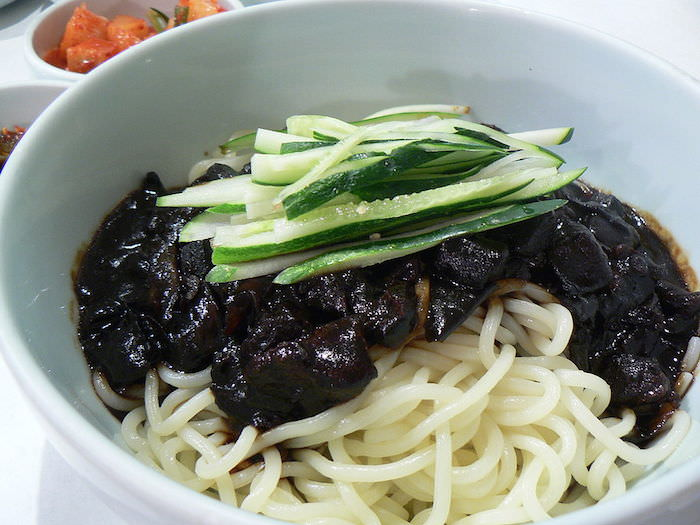 black day noodles