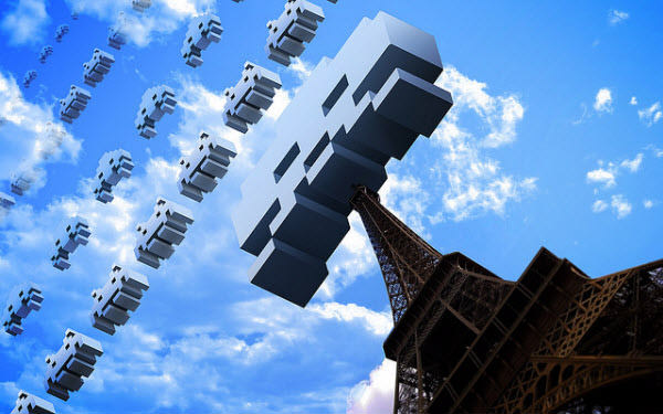 space invaders: eiffel tower