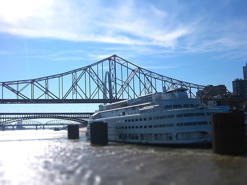 River boat on the Mississippi