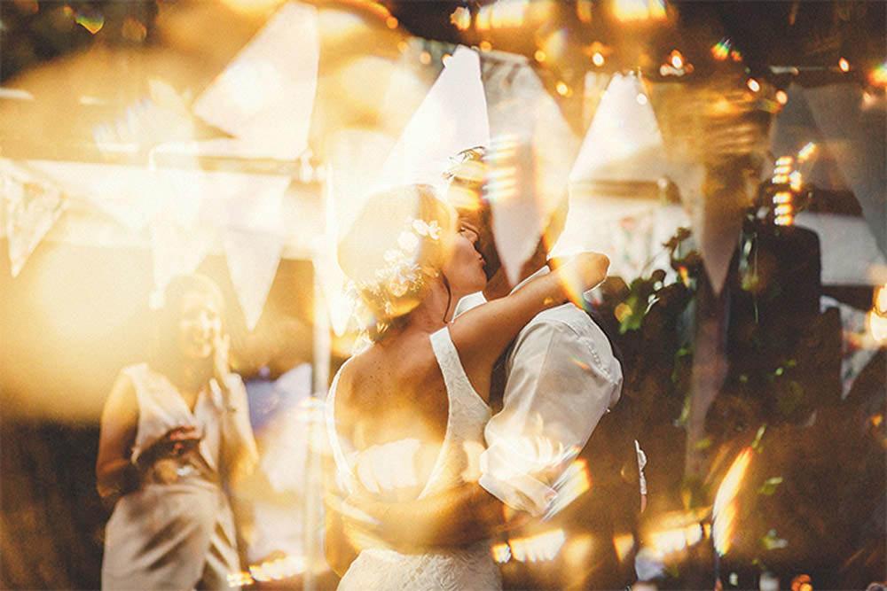 1-kiss-stevenrooneyphotography
