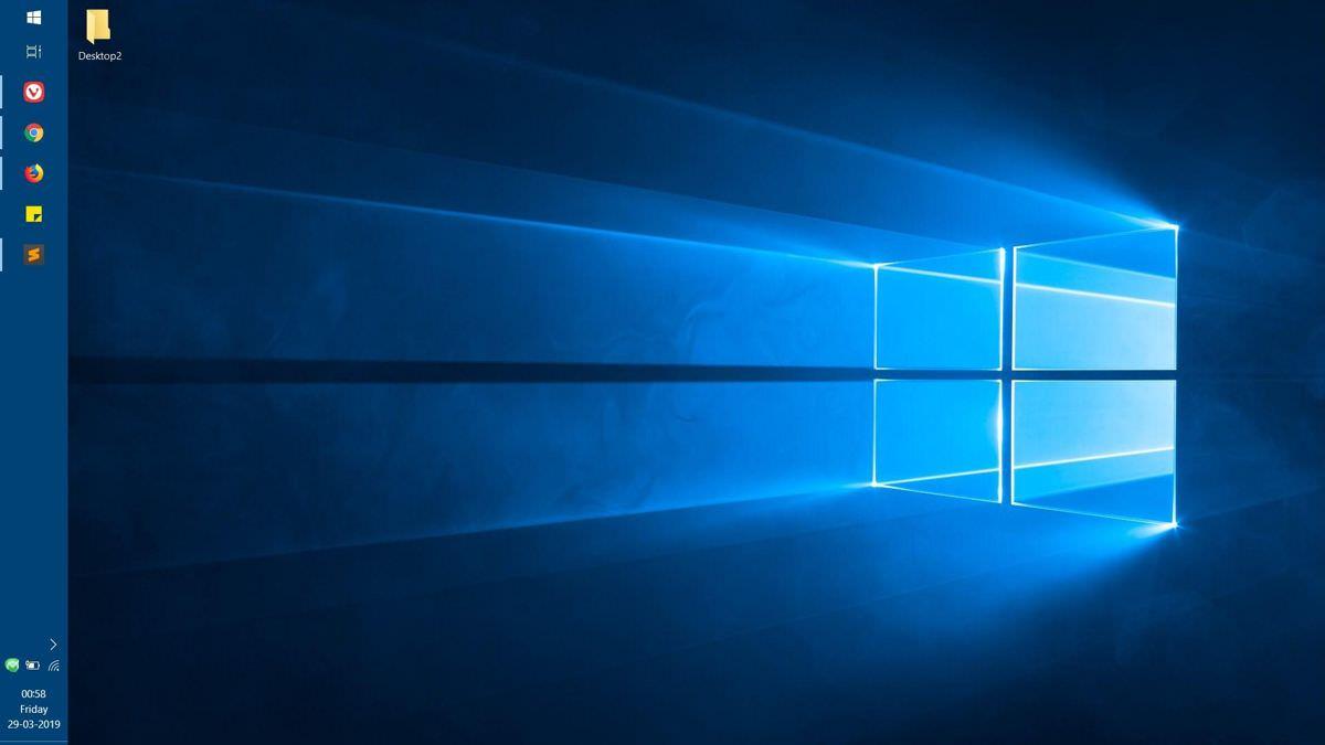 Windows 10's desktop with the default theme
