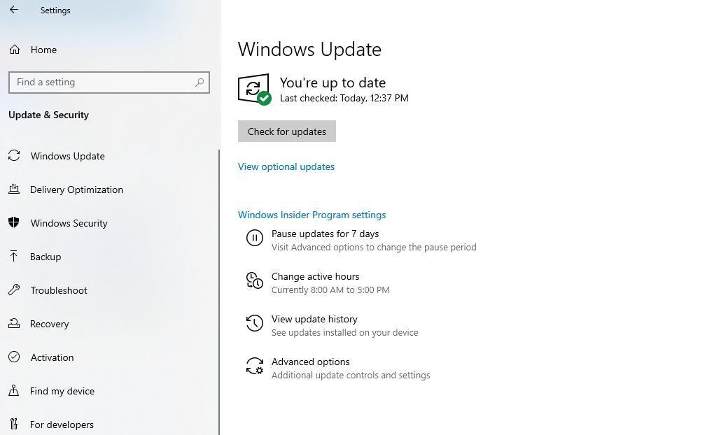 Нажмите Проверить наличие обновлений в Центре обновления Windows.