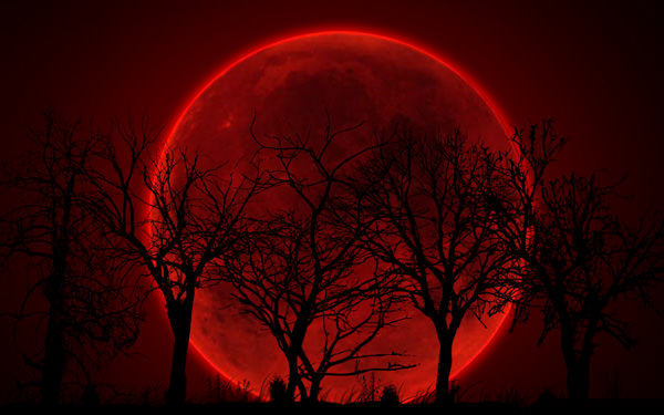 bloody-red-moon